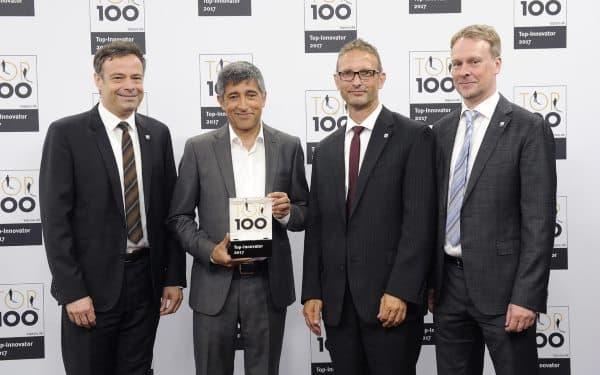 Die Geschäftsleitung von Rebional mit Ranga Yogeshwar, dem Mentor von TOP 100.