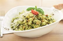 italienische Küche: Pasta mit Pesto