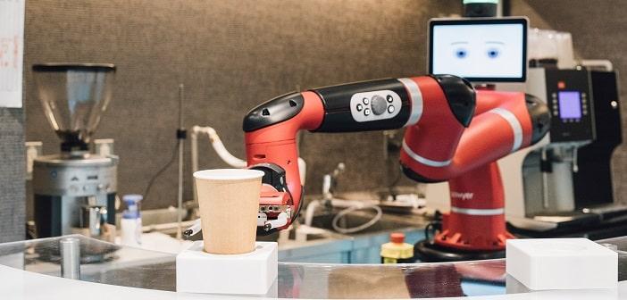 Testcafé Tokyo: Roboter serviert Melitta-Kaffeespezialitäten