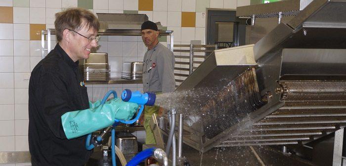 Filta Fry bietet umfassende Reinigungsmaßnahmen