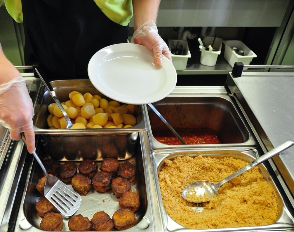 Rebional_Münsterlandschule Tilbeck Kinderessen ist lecker und gesund 2