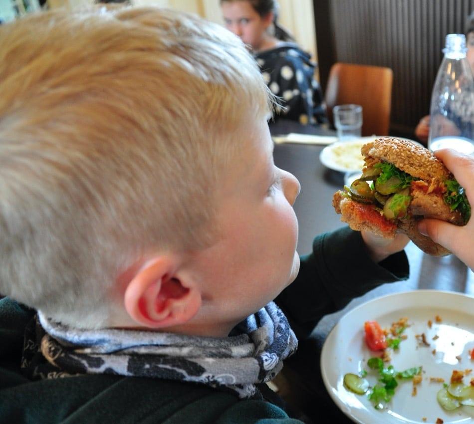 Rebional_Münsterlandschule Tilbeck Kinderessen ist lecker und gesund