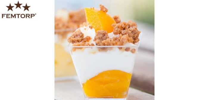 Fruchtiges Pfirsich Dessert