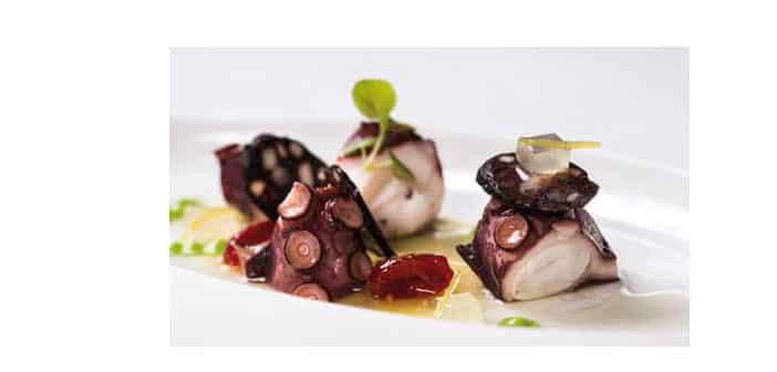Oktopus mit Kartoffel und Blutwurst
