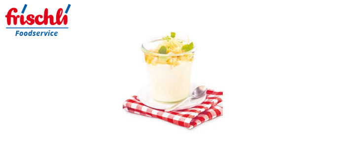 "Buttermilch-Dessert ""Apfel-Ingwer-Birnen-Salat"""